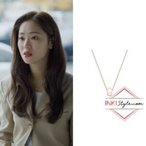 Jeon Yeo-bin's North Necklace in Vincenzo