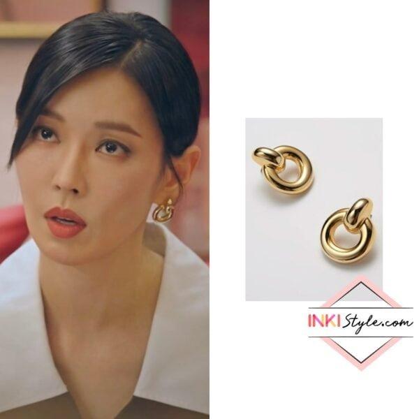 Kim So-Yeon's Doorknob Post Earrings in Penthouse 2