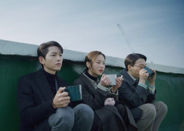 Vincenzo Kdrama Fashion - Jeon Yeo-Bin - Episode 13-1
