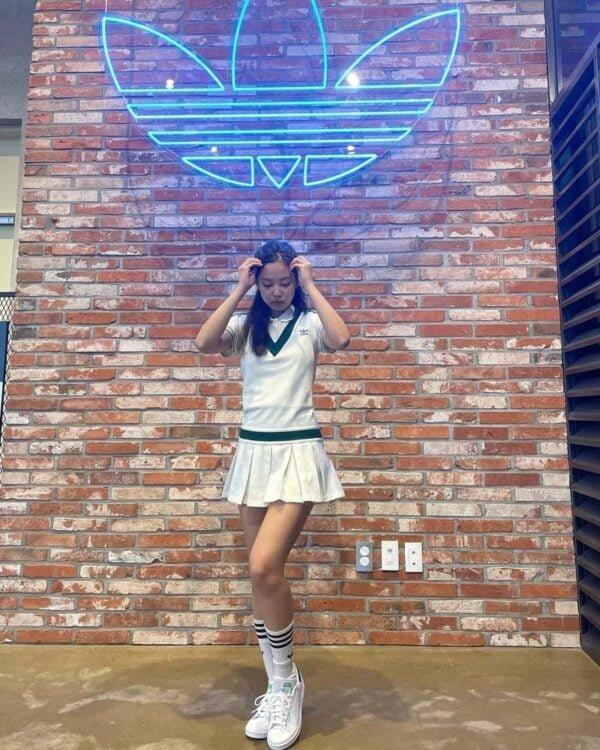 Blackpink Jennie's Outfit on Instagram on June 4, 2021